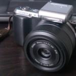 Sigma の 30mm 単焦点レンズが安くなってたので買った!