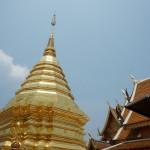 チェンマイにある金色に輝くお寺ワット・プラタートドーイステープとモン族の村に行ってきた