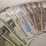 カンボジアの通貨はリエルだけどドルも使われる